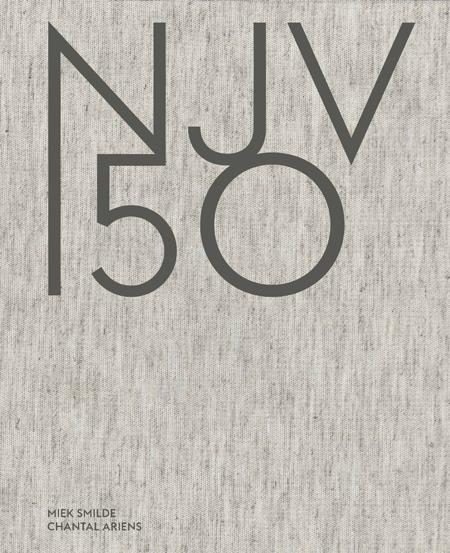 NJV 150 <p>Juristen, wie zijn dat eigenlijk? Ter gelegenheid van het 150-jarig bestaan van de NJV verschijnt deze schitterende uitgave met 50 opmerkelijke portretten van onderscheidende juristen, tot leven gebracht met fullcolour foto's. Het boek bestaat uit persoonlijke verhalen over het recht en laat zien waarom het recht een drijfveer kan zijn.<br /><br /><strong>Download het interview metHans Ulrich Jessurun d'Oliveira. </strong></p>